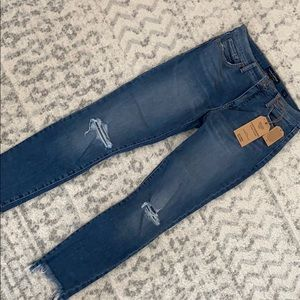 Lucky Brand Jeans - new with tags.